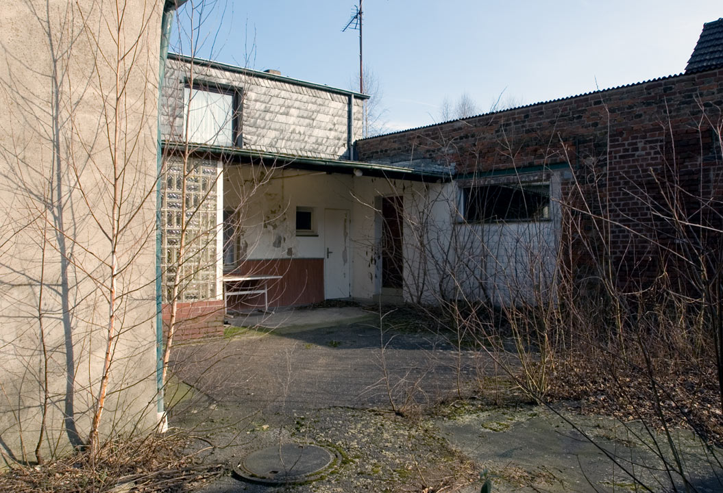 Verfallenens Wohngebäude in Köln Fühlingen
